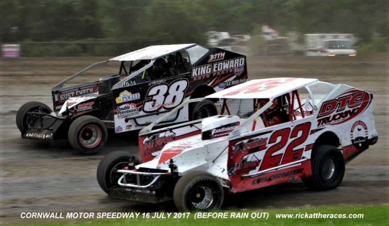 super dirtcar series at cornwall rescheduled for september. Black Bedroom Furniture Sets. Home Design Ideas